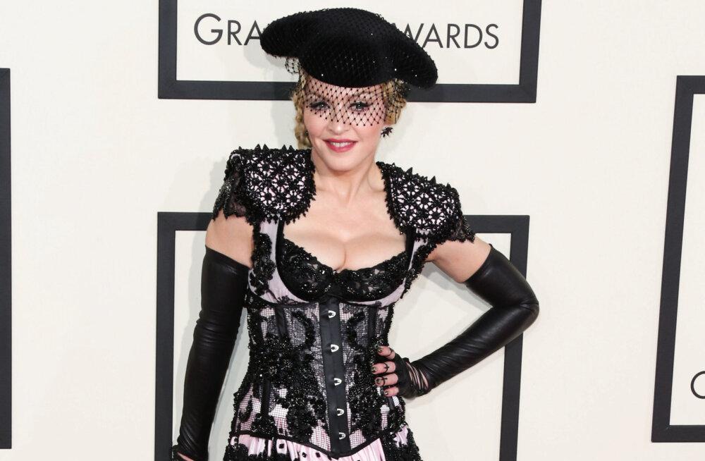 Madonna avastas, et on koroonaviirust põdenud: arvasin, et mul on väga halb gripp