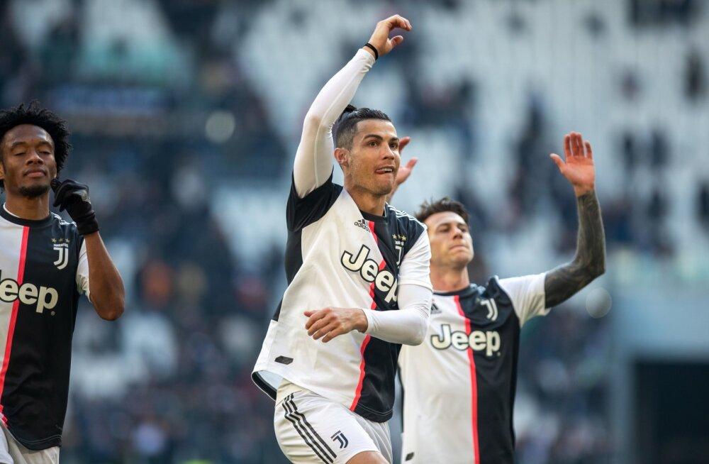 Cristiano Ronaldo järjekordset väravat tähistamas.