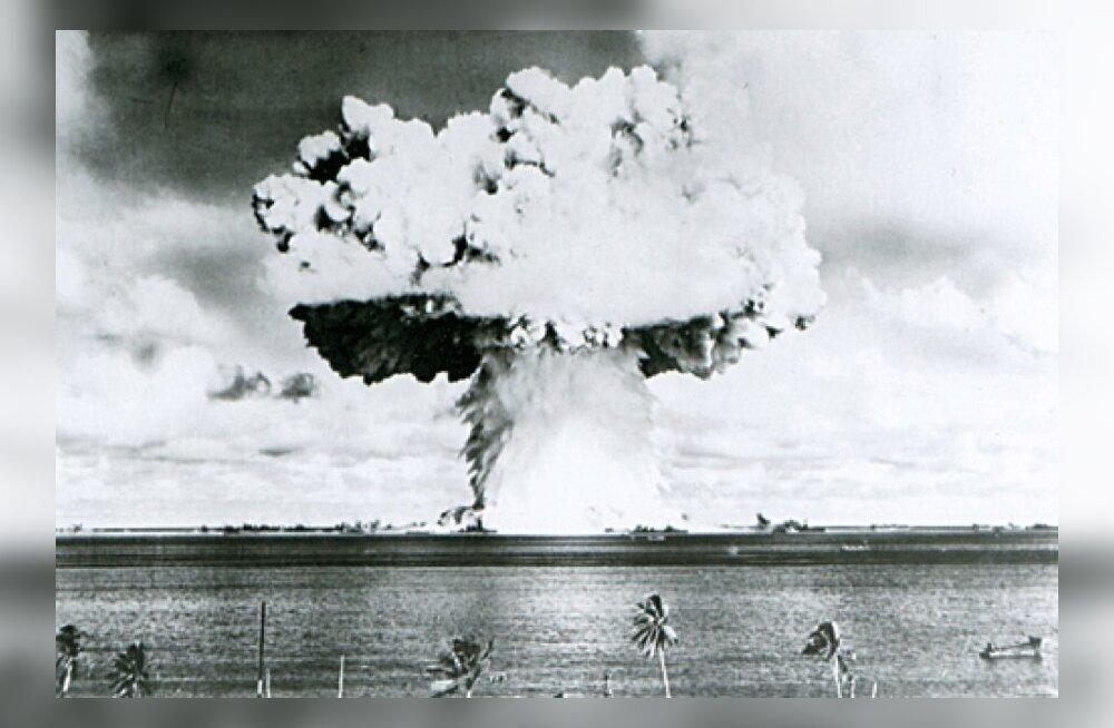 Endised riigimehed: kasutusvalmis tuumarelvade juhusliku väljalaskmise oht on suur