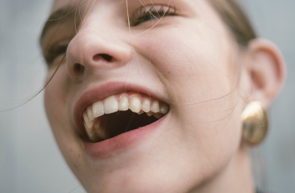 4 продукта, которые успешно заменят зубную щетку
