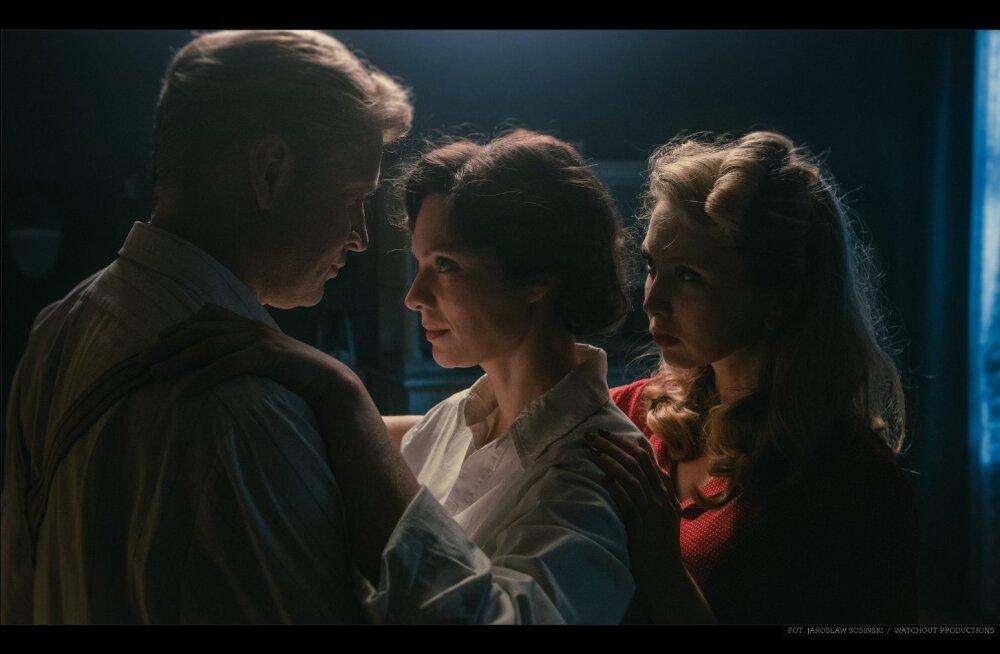 """""""Armastuse kunst"""" on väga heade näitlejate ja väga haaravalt tehtud film, mille peale Poole publik on jooksnud tormi – 1,8 miljonit vaatajat."""