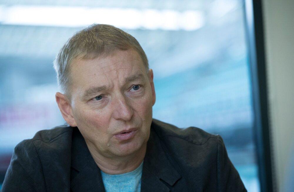 Uno Tutk on jalgpalliliidu kontoris teinud selgitustööd nii Vjatšeslav Zahovaikole kui ka Aleksandar Rogićile.