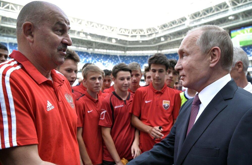 Stanislav Tšertsessov ja Vladimir Putin MM-i ajal.