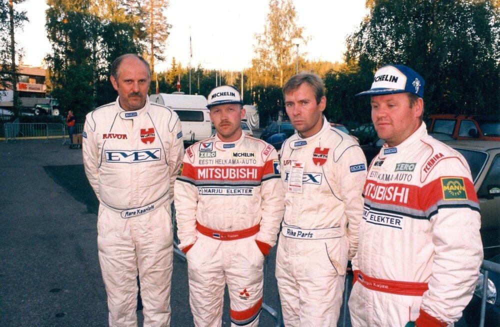 Eestlased MM-sarjas: (vasakult) Aare Kaarosto, Ivar Raidam, Riho Parts, Margus Karjane.
