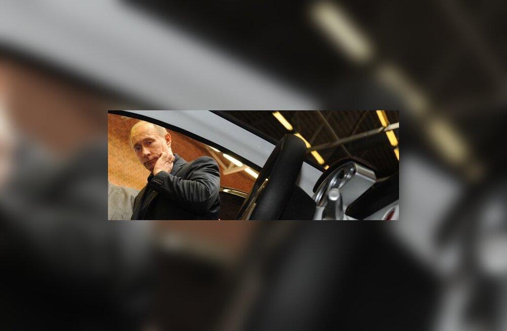 Putin hakkab raskel ajal Nivaga sõitma