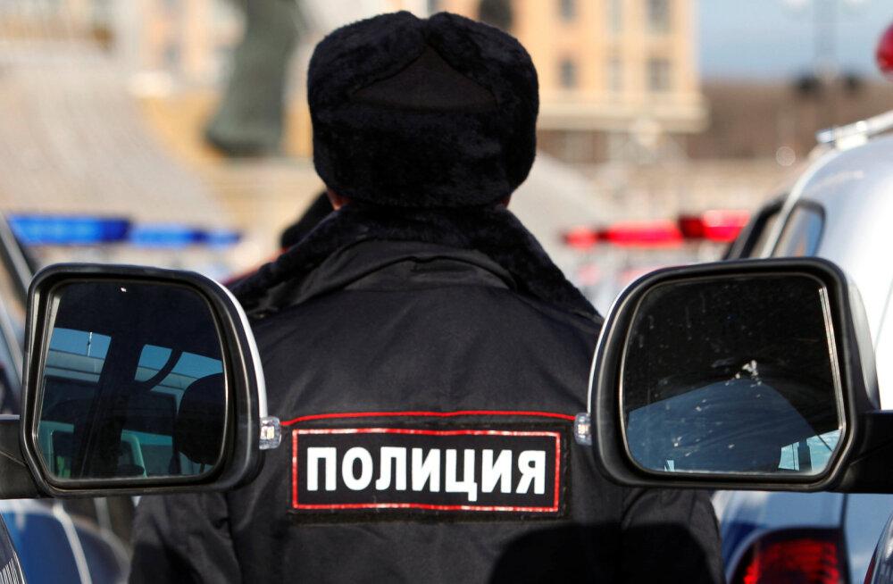 Под Псковом перевернулся автобус, следовавший в Санкт-Петербург