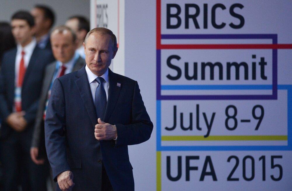 Ufa tippkohtumise ettevalmistustöödel osalenutele ei makstud palka, osa sai hoopis tappa