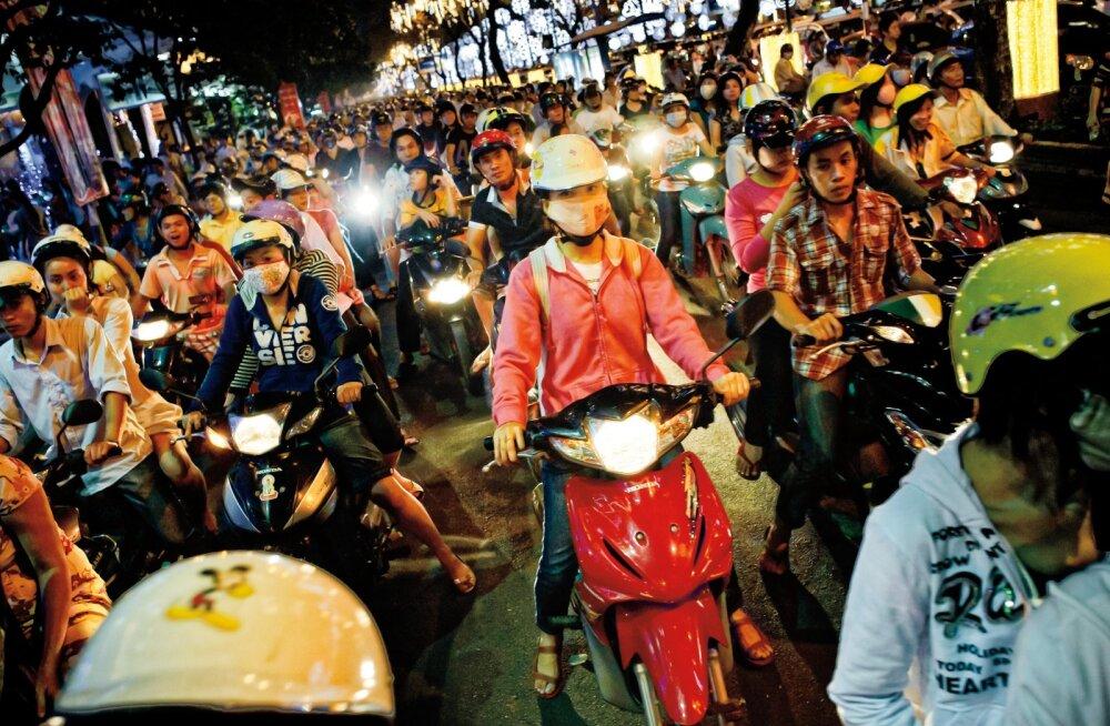 Olev Remsu reisikiri Vietnamist | Ei mingit lugupidamist liikluseeskirja vastu, igaüks sõidab, kuidas heaks arvab