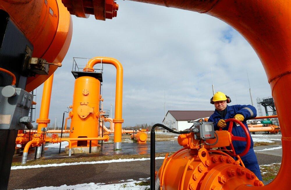 Белоруссия полностью погасила долг за российский газ