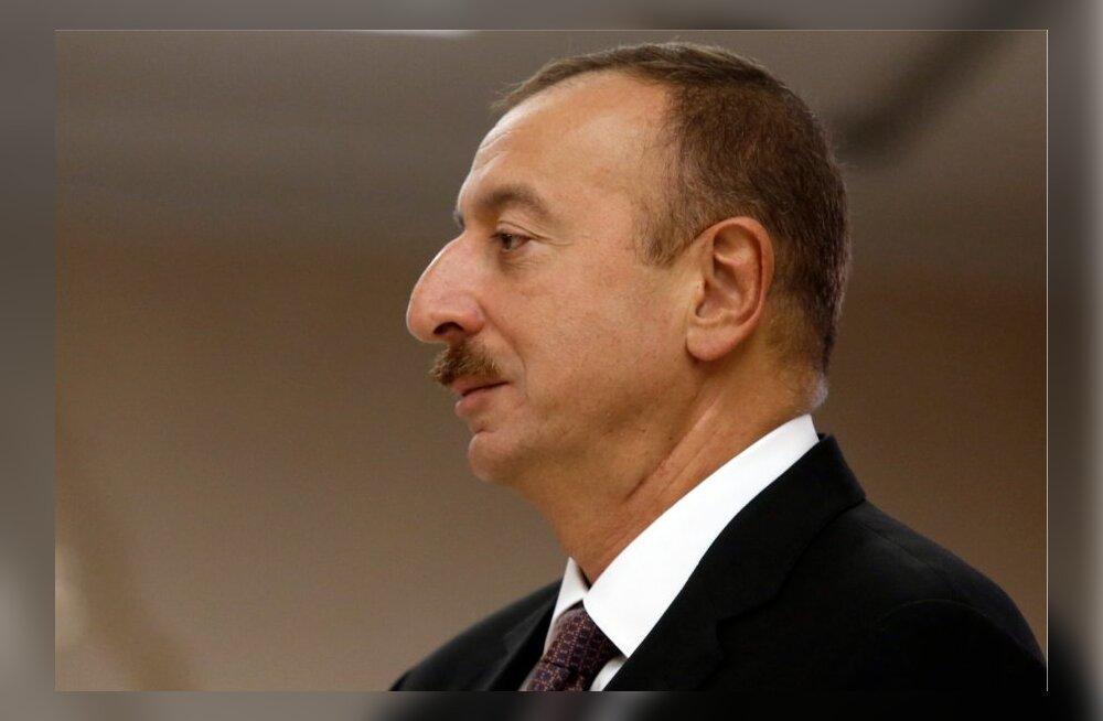 Äliyev saavutas Aserbaidžaani presidendivalimistel oodatud ülekaaluka võidu
