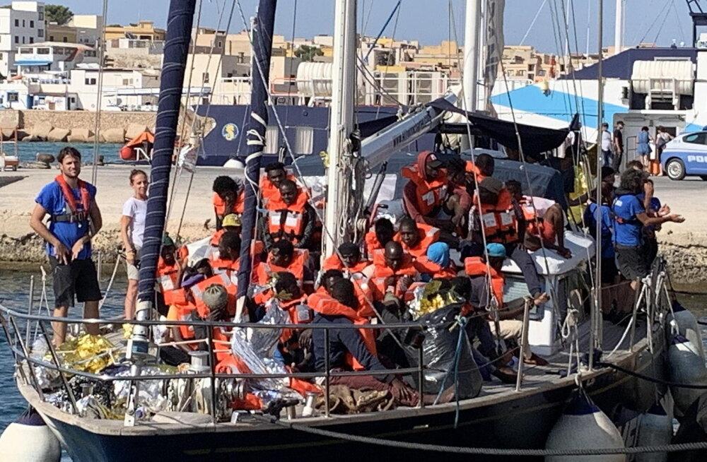 Itaaliasse jõudis keelust hoolimata juba teine migrantide päästmisega tegelev laev
