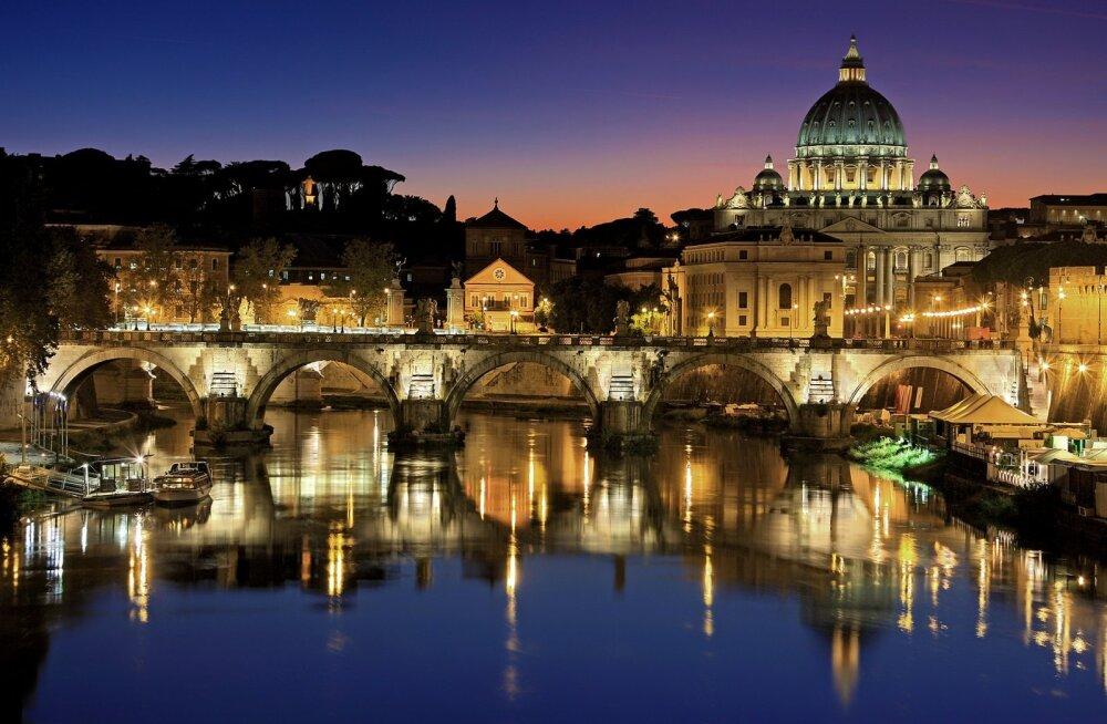 Paavst Franciscus käis visiidil Tallinnas. Lenda vastuvisiidile: edasi-tagasi lennud Tallinnast Rooma alates 131€!