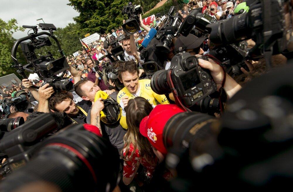 Geraint Thomas ajakirjanike piiramisrõngas
