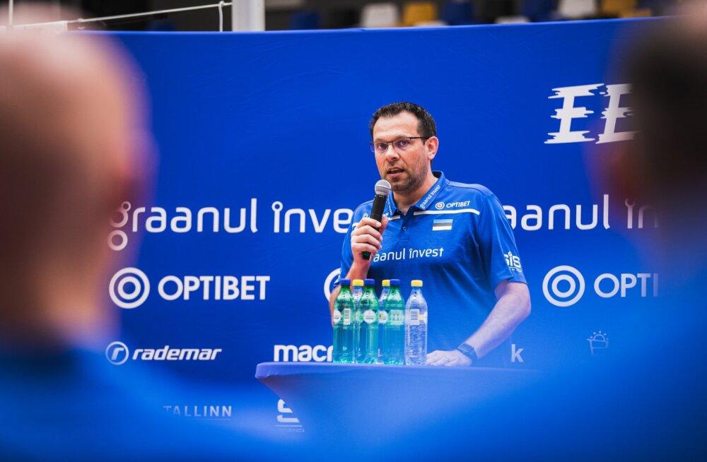 Cédric Énard sai eile viimaks võimaluse Eesti võrkpallurite oskustega tutvust teha.