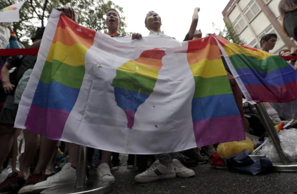 Taiwan legaliseeris esimese Aasia riigina samasooliste abielu