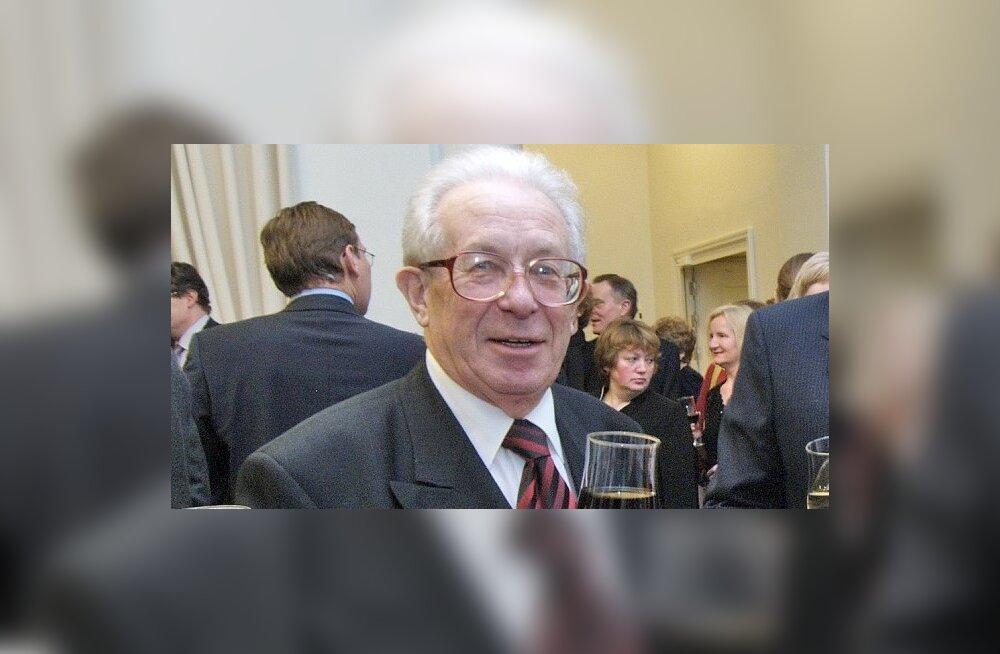 LEEDU VABARIIGI 88. AASTAPÄEVA TÄHISTAMINE ESTONIAS