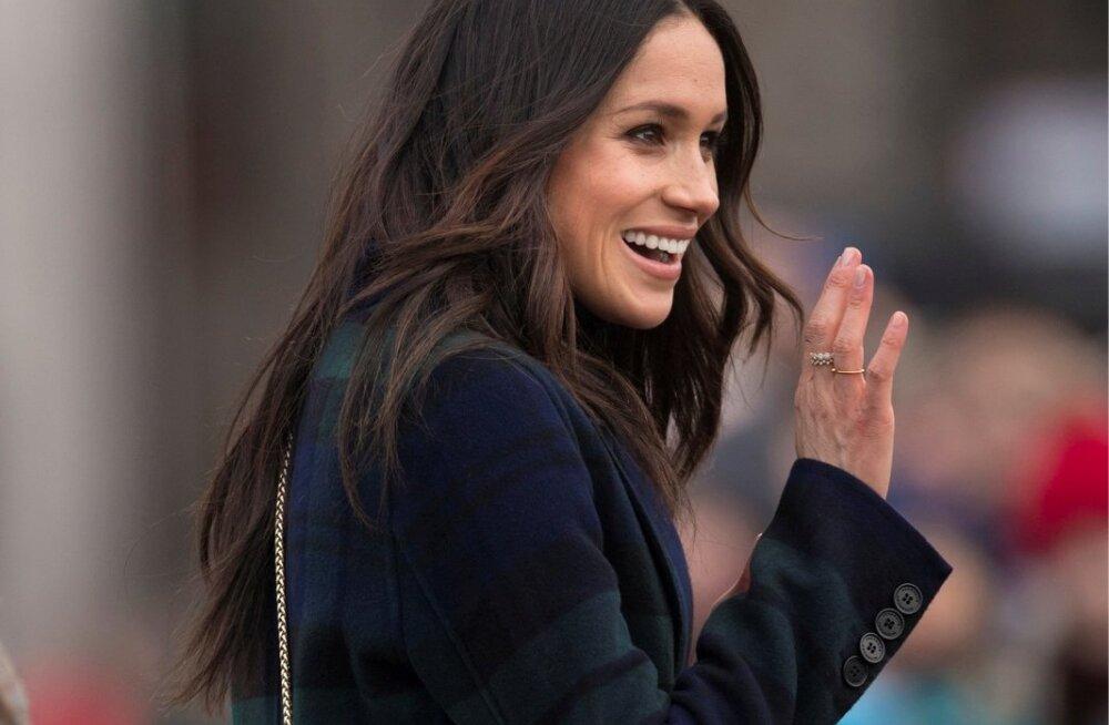 KUULSAKS KANTUD: Šoti firma Strathberry on saanud üheks Sussexi hertsoginna Meghan Markle'i lemmikuks. Ta kandis Strathberry kotti esimesel ametlikul üritusel ja on pärast seda sama brändi juurde kahel korral naasnud. Pildil olev mudel maksis pisut alla 500 euro ning müüdi pärast hertsoginna kandmist läbi minutitega.