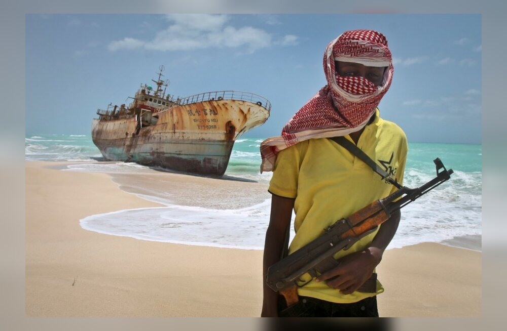 https://g1.nh.ee/images/pix/1000x654/Cqc8iW735lM/piraat-somaalia-somali-69351115.jpg