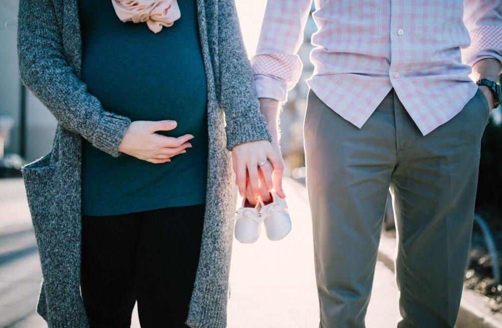 Mees pihib: mu naine ootab meie esimest last, aga mina armusin kellessegi teise