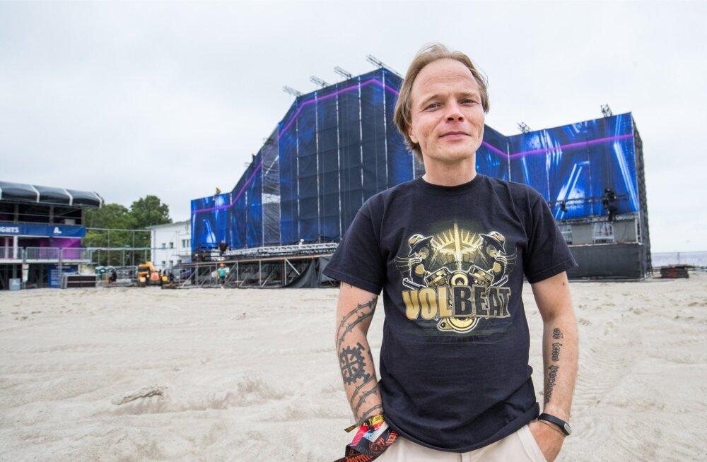 Üks Weekend Festivali eestvedajaid Gunnar Viese: festivali korraldamine on nagu linnaehitus, mis kunagi valmis ei saa.
