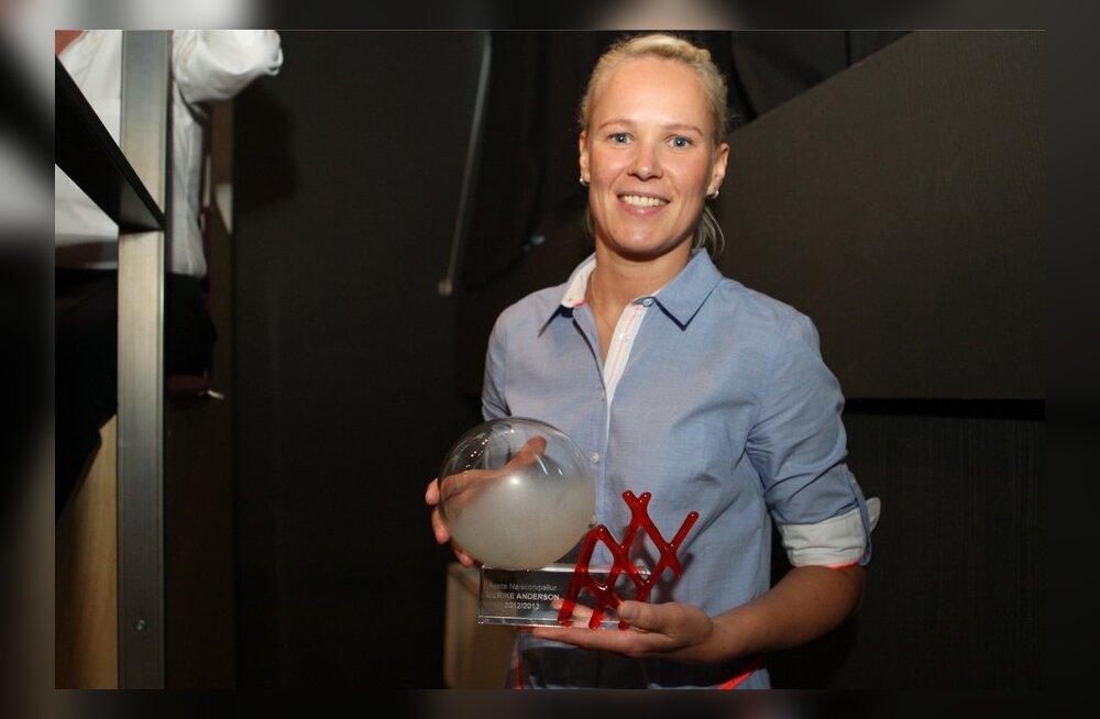 FOTOD/VIDEO: Eesti parimateks korvpalluriteks kuulutati Kristjan Kangur ja Merike Anderson