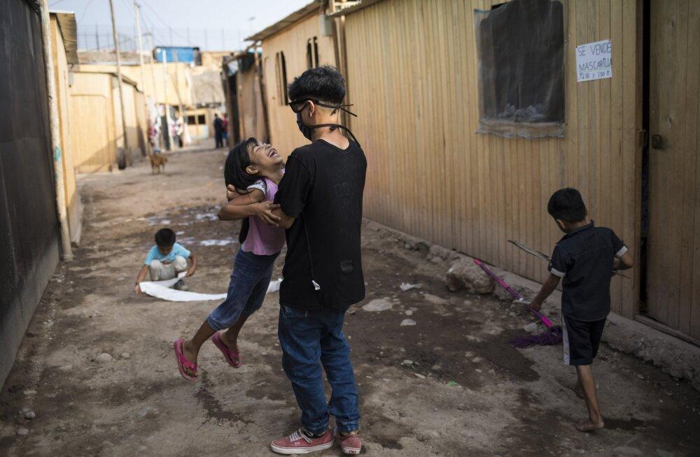 Peruus piirati inimeste liikumist sugude põhjal