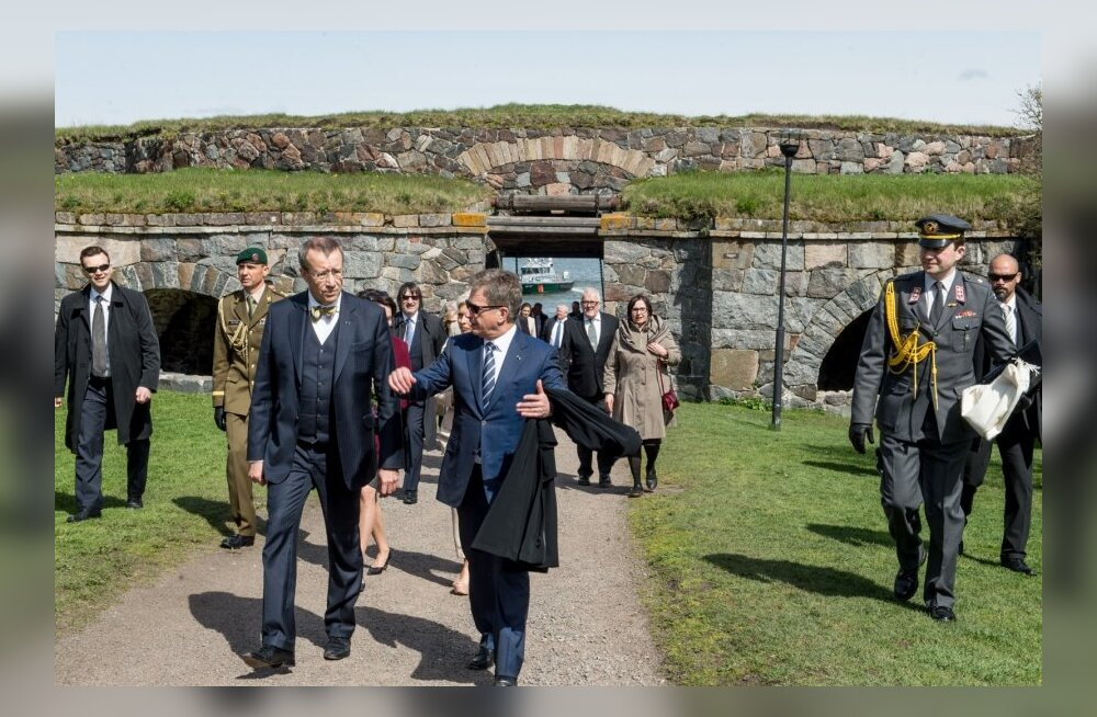 President Ilves oma Soome kolleegi Sauli Niinistöga Suomenlinnas.