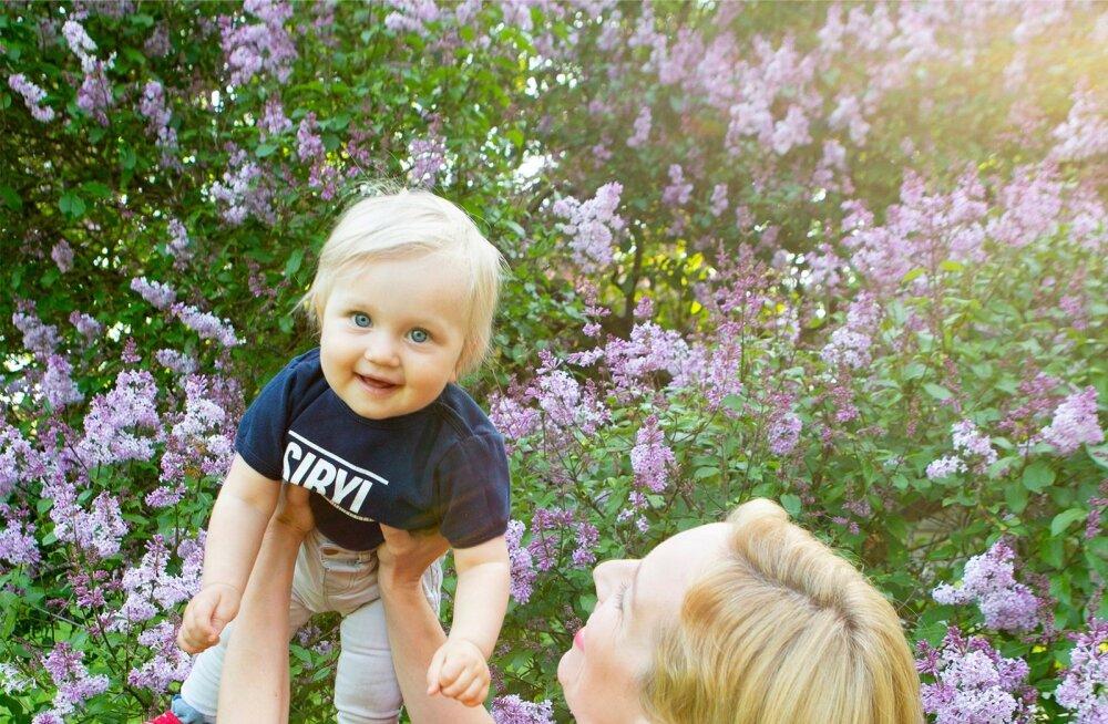 Laura Kõrvits   Tuleb välja, et kui sa oma tütart üleni roosasse ei riieta, ongi ta automaatselt poiss