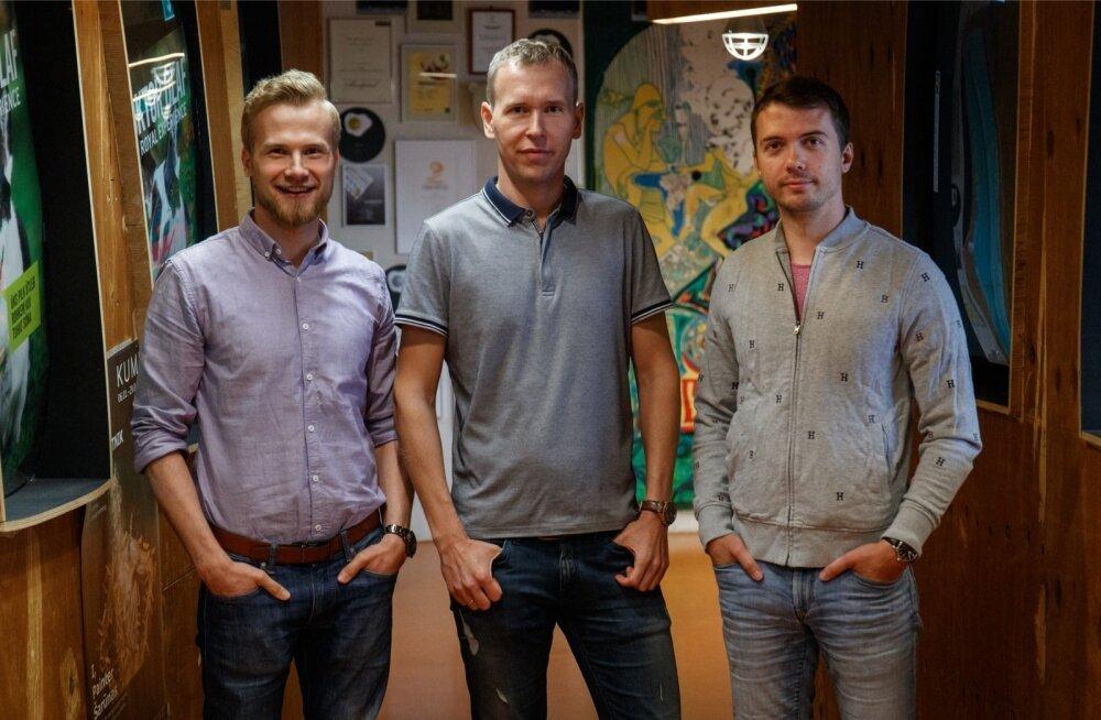 Mihkel Moosel (vasakult), Neeme Rõõs ja Raino Raasuke on maailma suurima kaubamaja edukalt enda kasuks tööle pannud.
