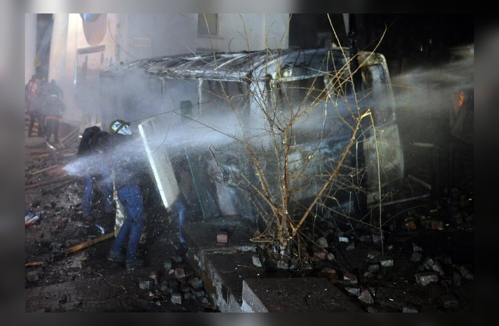 Kiievi meeleavaldajate vastu kasutati kümnekraadise pakasega veekahureid