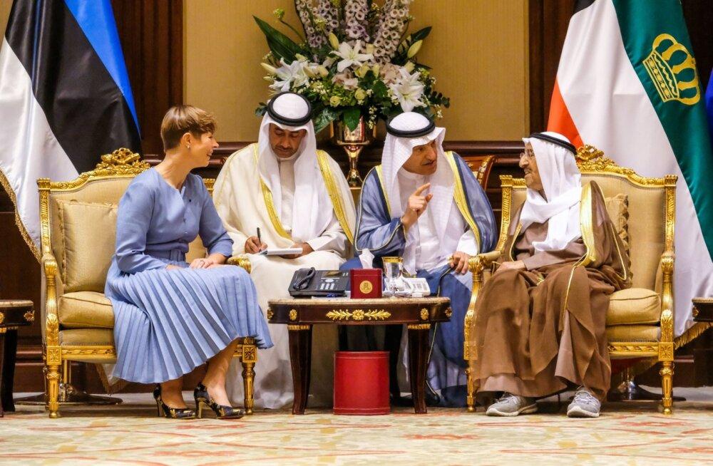 Керсти Кальюлайд привезла с собой в Кувейт лунный камень