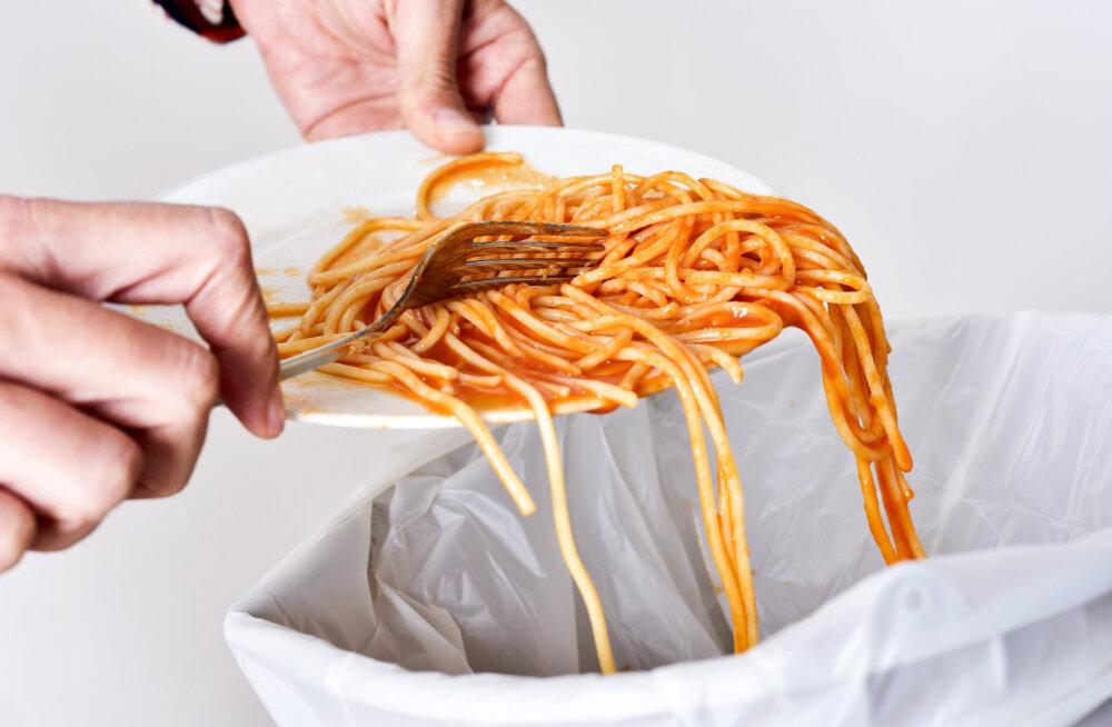 Telekokk Jamie Oliver soovitab häid mooduseid, kuidas võidelda mõttetu toidu raiskamise vastu