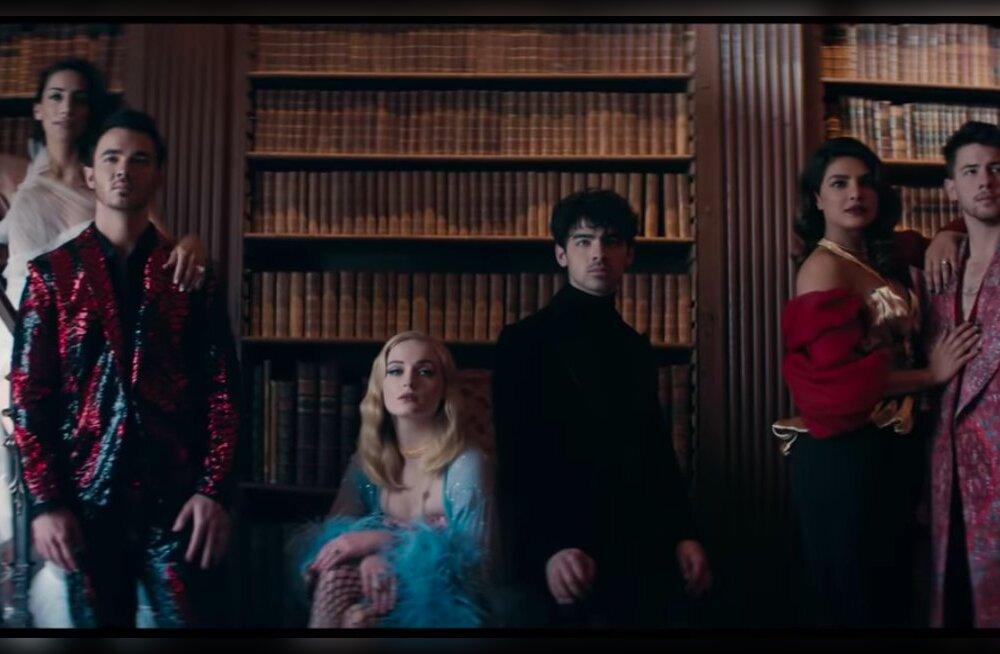 HITIHOIATUS | Jonas Brothers avaldas uue muusikavideo, milles säravad kõigi kolme venna naised