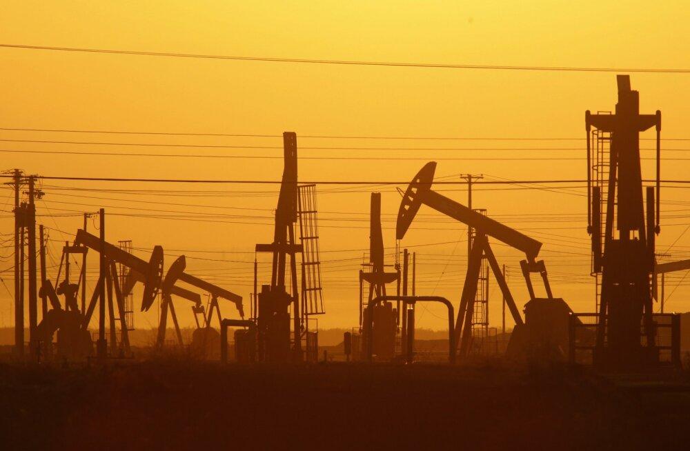 ОПЕК+ договорилась о постепенном увеличении нефтедобычи на 2 млн баррелей в сутки
