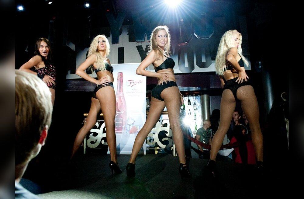 FOTOD: Klubis Hollywood sai näha seksikat pesumoodi