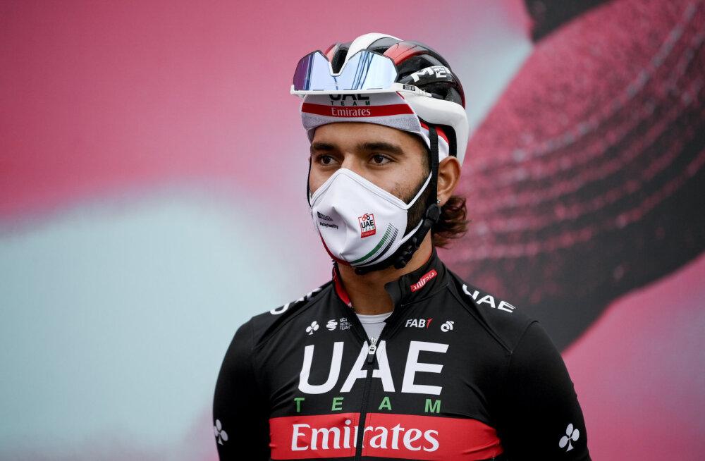 Giro d'Italial osalenud tipprattur nakatus aasta jooksul teist korda koroonaviirusesse