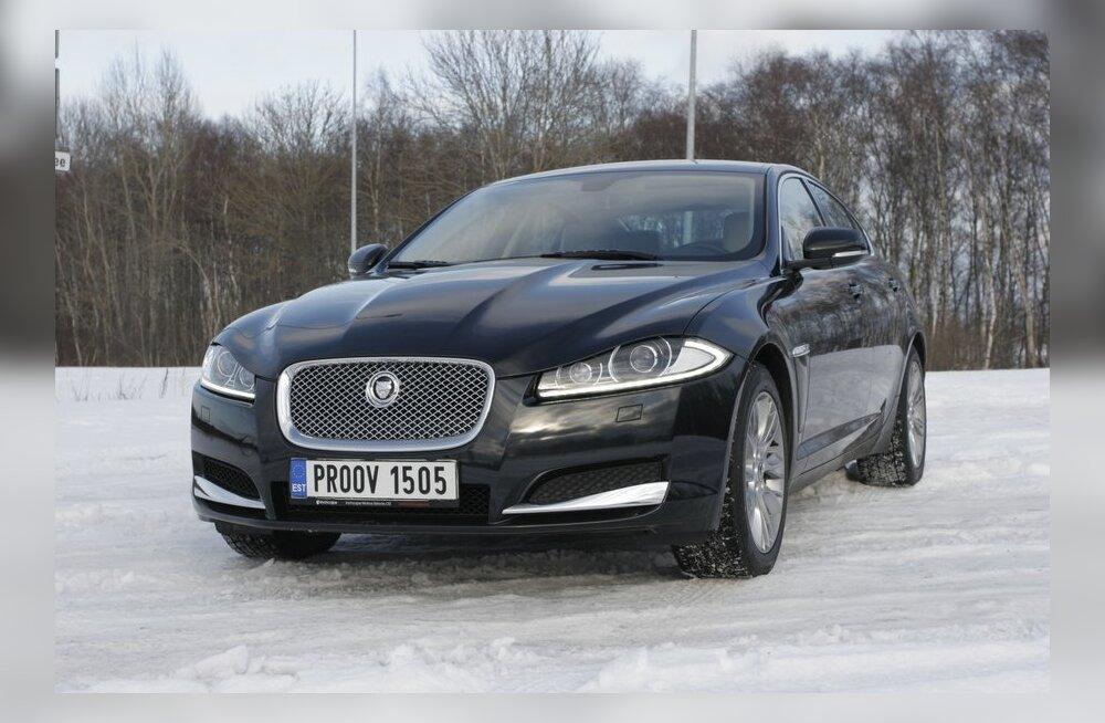 Jaguar XF 3.0 D - 2993 cm3, 6 silindrit, tagavedu, 237 hj, 500 Nm, 6,3 l/100 km, 7,1 sek, 240 km/h, 1845 kg