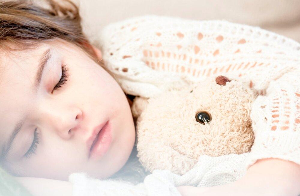 Эксперт: вероятность поражения легких у детей при COVID-19 составляет 2,4%