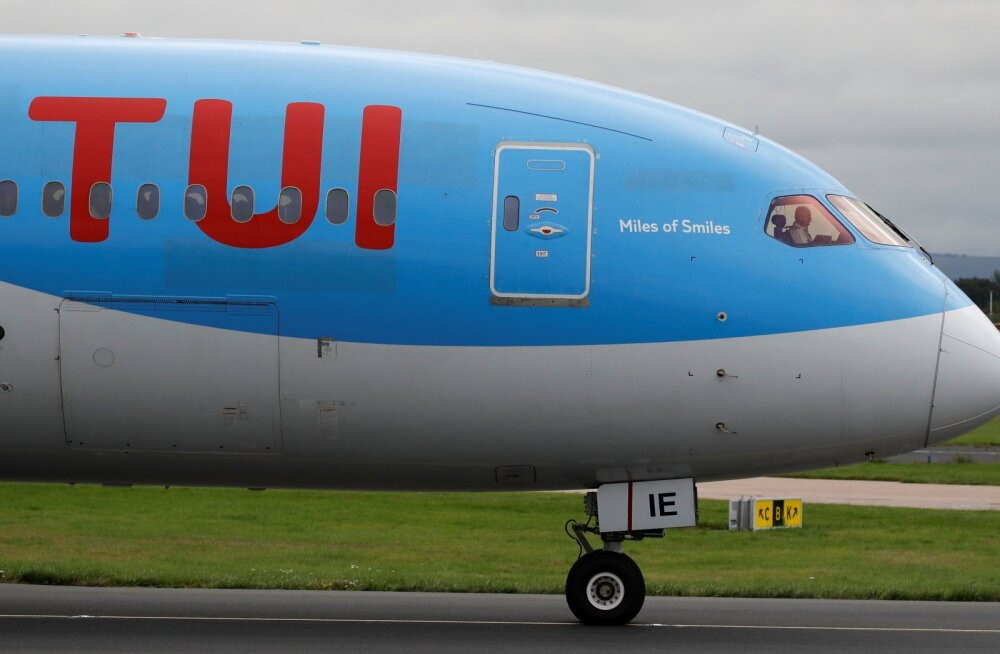 TUI Boeing  787-8 Dreamliner.