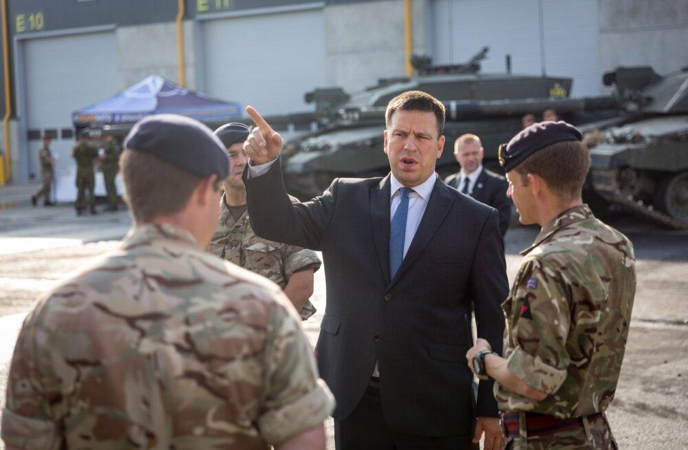 Jüri Ratas kohtus Ühendkuningriigi kaitseväelastega