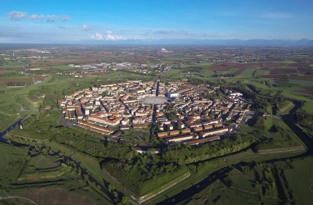 Palmanova - ideaalselt sümmeetrilise planeeringuga linn, kuhu mitte keegi elama minna ei tahtnud