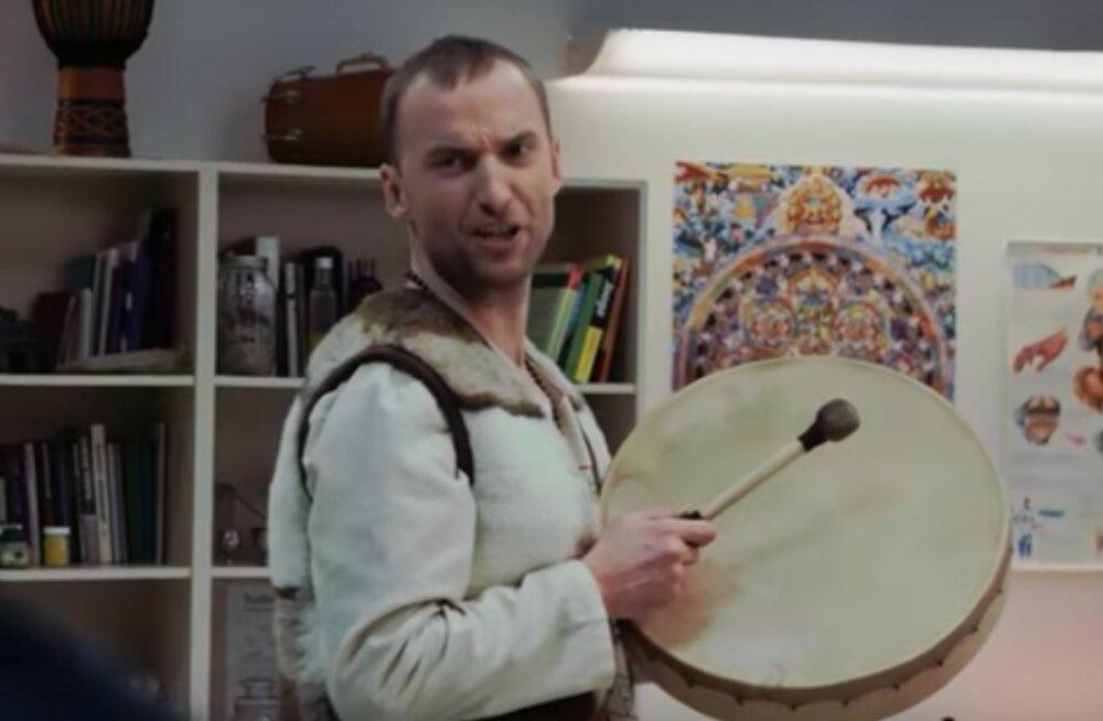 VIDEOD | Hirnu herneks! Märt Avandi on tagasi uute humoorikate sketšidega!