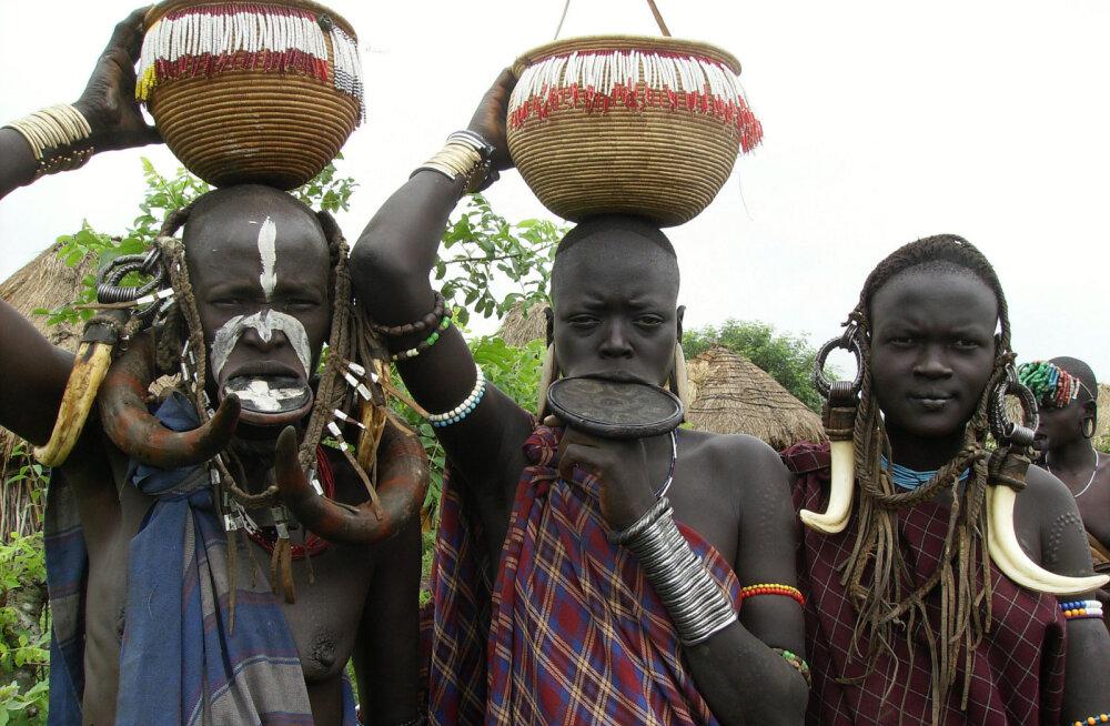 Африка: нетрадиционные традиции. Племя мурси