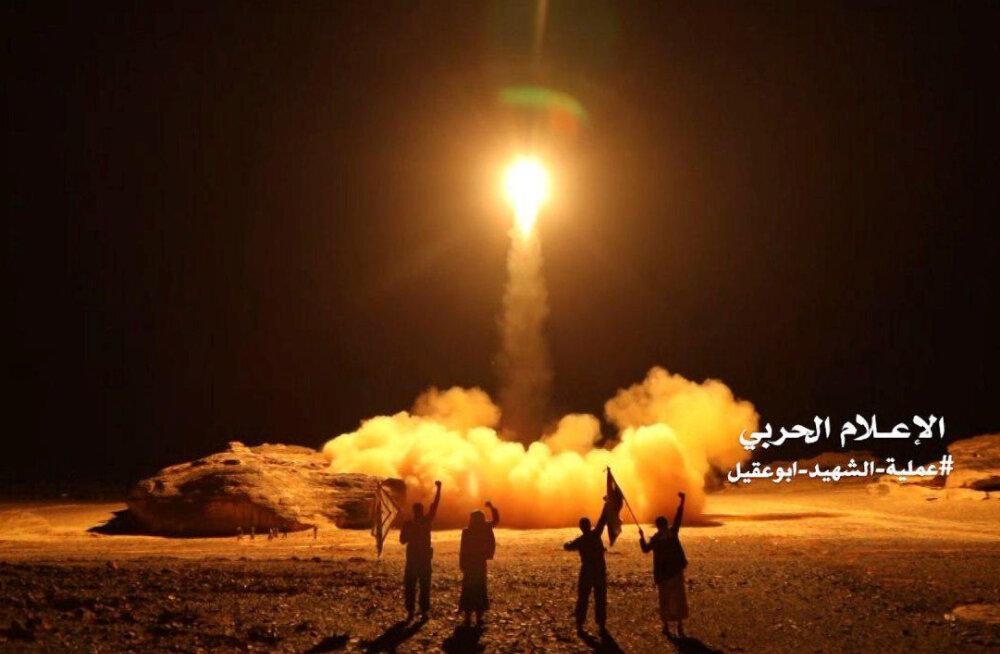 Jeemeni mässuliste raketirünnakus Saudi Araabia lennuvälja vastu sai 26 inimest viga