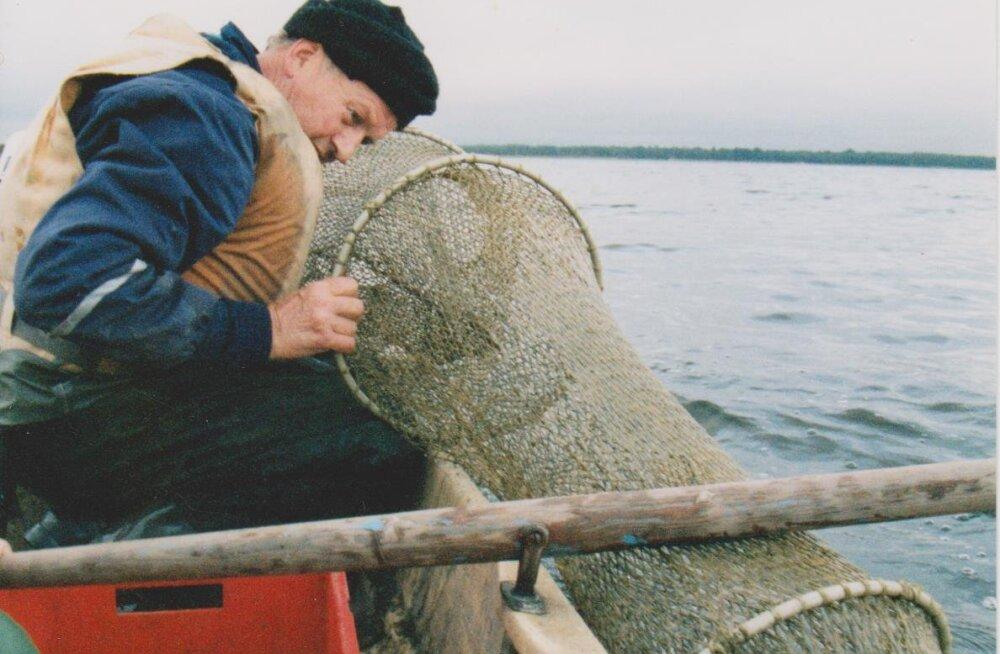 Kalamehejutud inimestest | Tee piirivalvuritele teene ning pääsedki turska püüdma