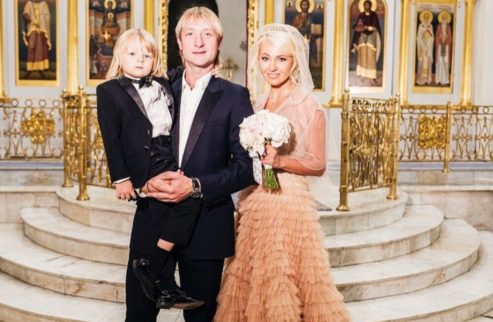 ФОТО И ВИДЕО: Евгений Плющенко и Яна Рудковская обвенчались