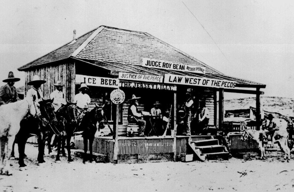 Metsiku Lääne kõrtsikohtunikud: <em>saloon</em>'ist sai seaduse käepikendus