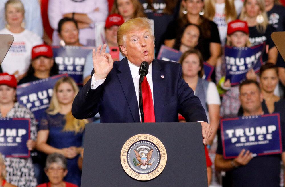 """Trumpi kihutuskõne pani vaimustunud toetajad kongressi naisliikmete """"tagasi saatmist"""" nõudma"""