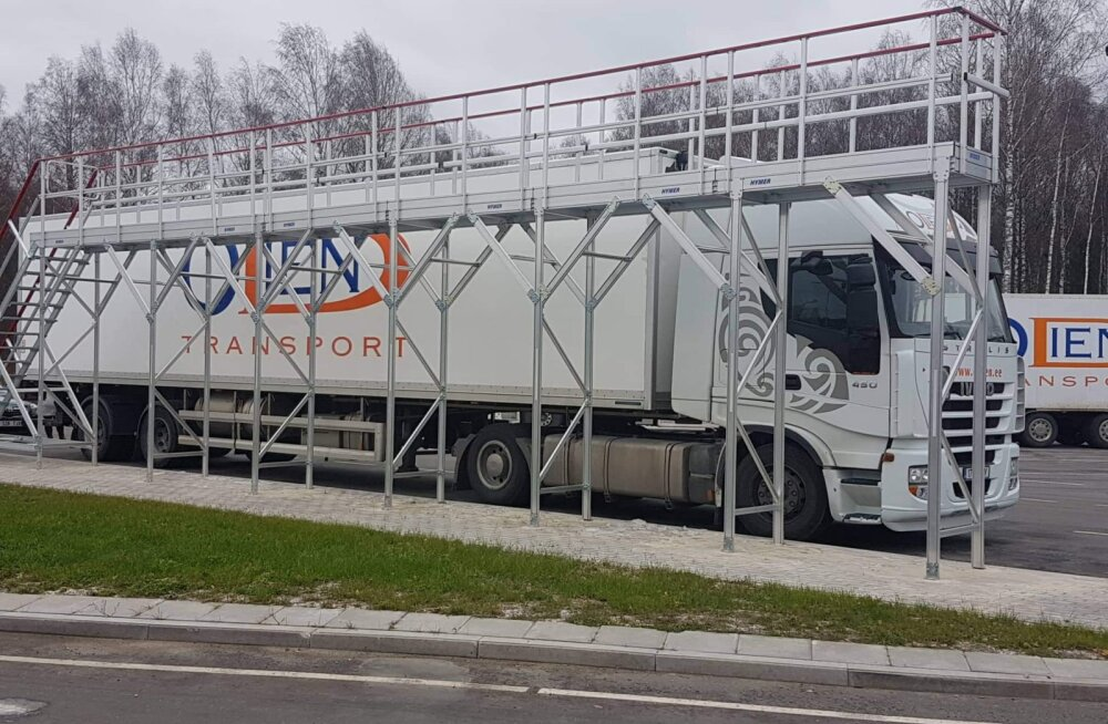 FOTO | Veok parkis Paides kinni Eesti ainsa jääpühkimisestakaadi