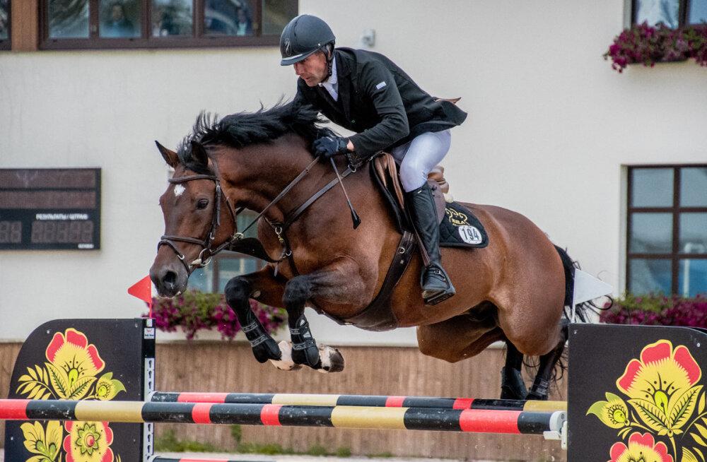 Eesti ratsutajate erakordne saavutus Venemaal: Grand Prix' nelikvõit!